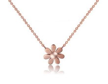 Dainty Charm Jewelry Stainless Steel Little Daisy  Chain Necklace,18 k Rose Gold Plated  Flowers Necklace