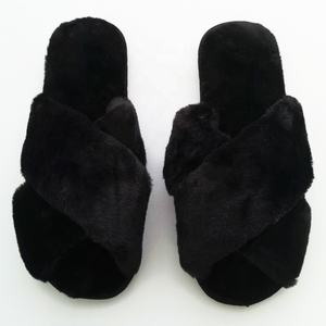 2018 Cross Faux fur women flat soft warm sole ladies winter indoor home slippers