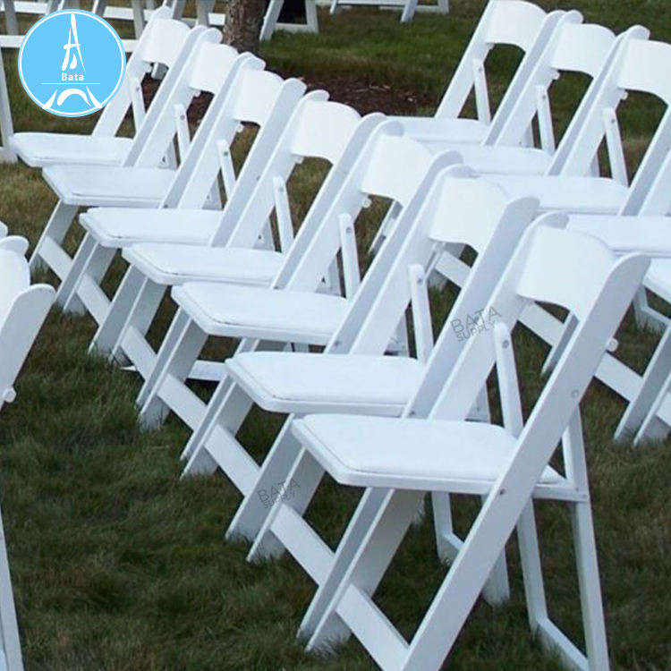 Factory Price America Resin Folding Padded White Chair For Event And Weddings Rental