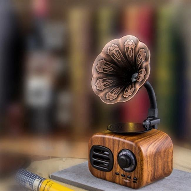 New Design Outdoor Small Speaker Retro Wireless Wooden Bluetooth Speaker