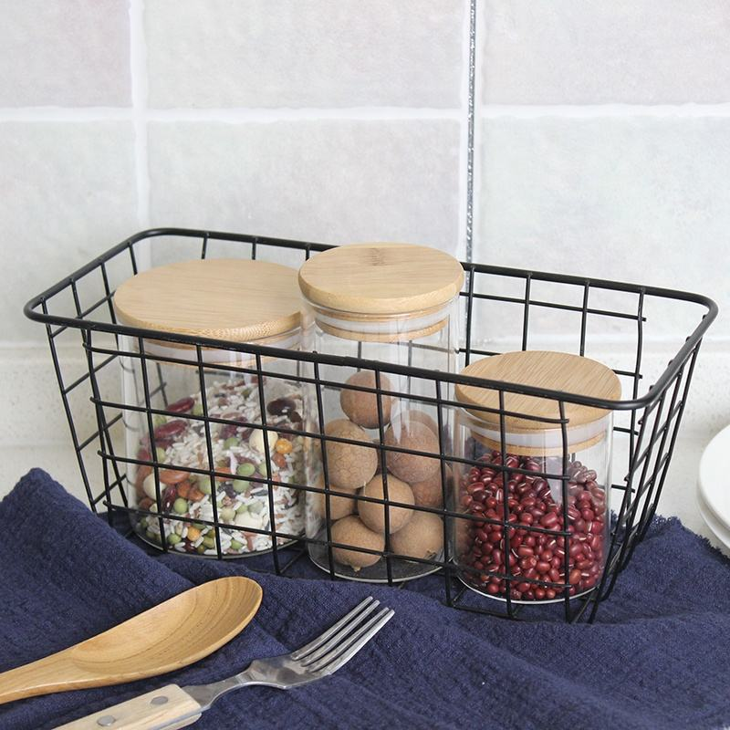 High quality Eco-friendly home sundries decor woven metal wall hanging metal kitchen ware storage basket