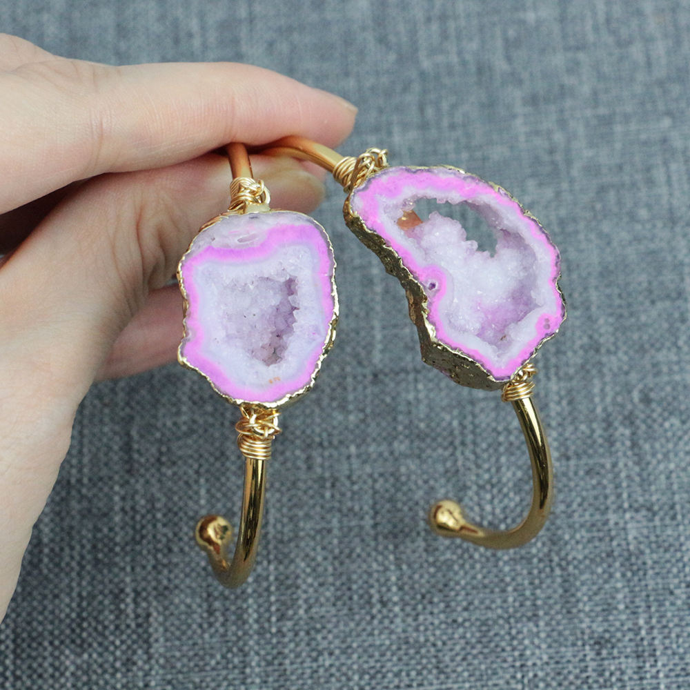 LS-D1377 Beautiful Pink Color Sliced Druzy Stone Bangle Gold Electroplate Wire Wrapped Bangle
