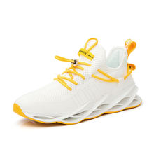Men's Sports Sneakers Casual walking trainers shoes man Athletic Outdoor Running Shoe 2020 blade running shoes