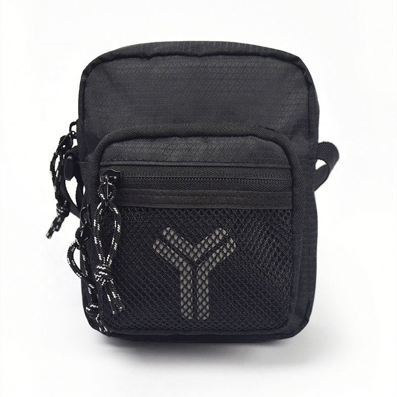 Factory Custom light-weight waterrepellent fabric black mens shoulder bag leather