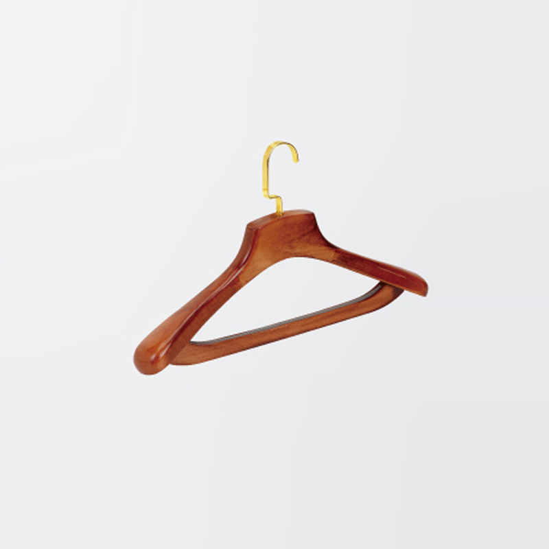 Chinese endurable wooden hangers hotel supplies factory wholesale