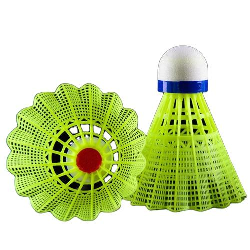 Good Quality Original Mavis 350 Green Yellow Plastic Nylon Badminton Shuttlecock For Training