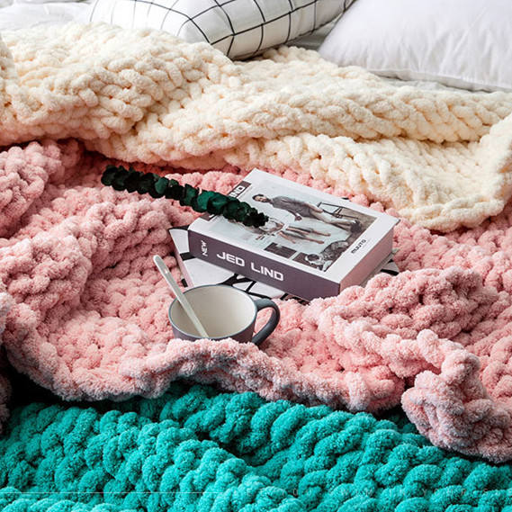 Chunky Knit Luxury Throw Blanket Customized Size Large Cable Knitted Soft Polyester Chenille Baby Blanket