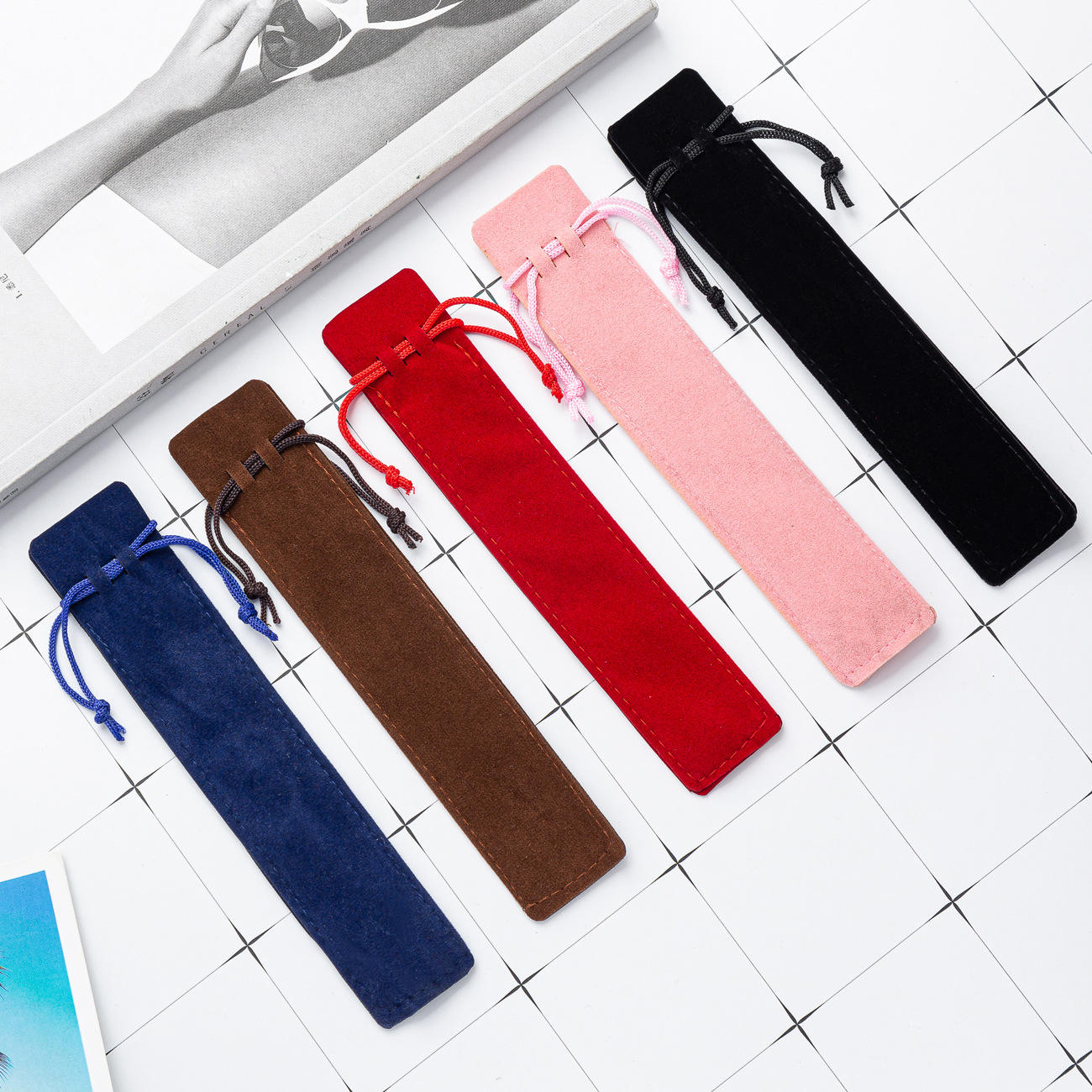 Creative Design Plush Velvet Pen Pouch Holder Single Pencil Bag Pen Case With Rope Office School Writing Supplies Student Christ
