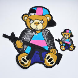 GUGUTREE embroidery big bear gun patch animal cartoon patches badges appliques for clothing AL-2033030