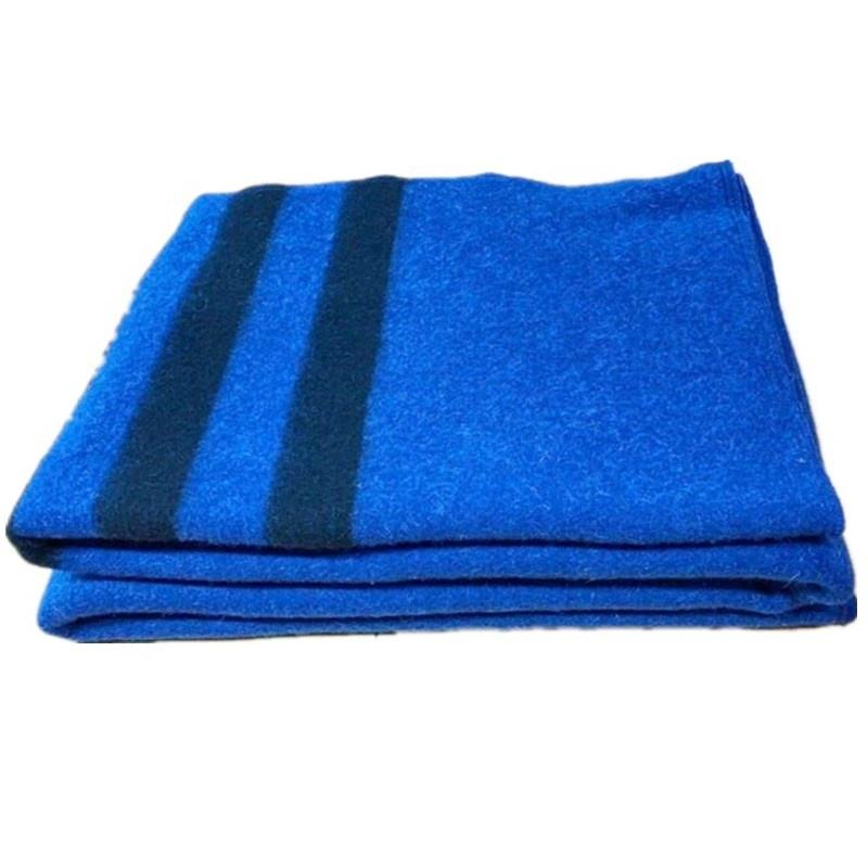 Hot selling 140*205cm blue blankets with 3 black stripes throws for adults