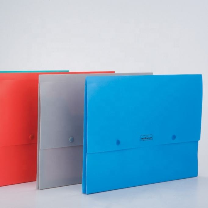 China Office Filing Products Supplies PP Plastic Portfolio Folder A4 Document Case
