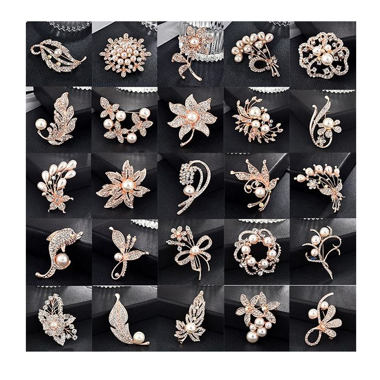 2020 Rose Gold shaped luxury desgin pearl rhinestone crystal wedding safety channel brooches pin