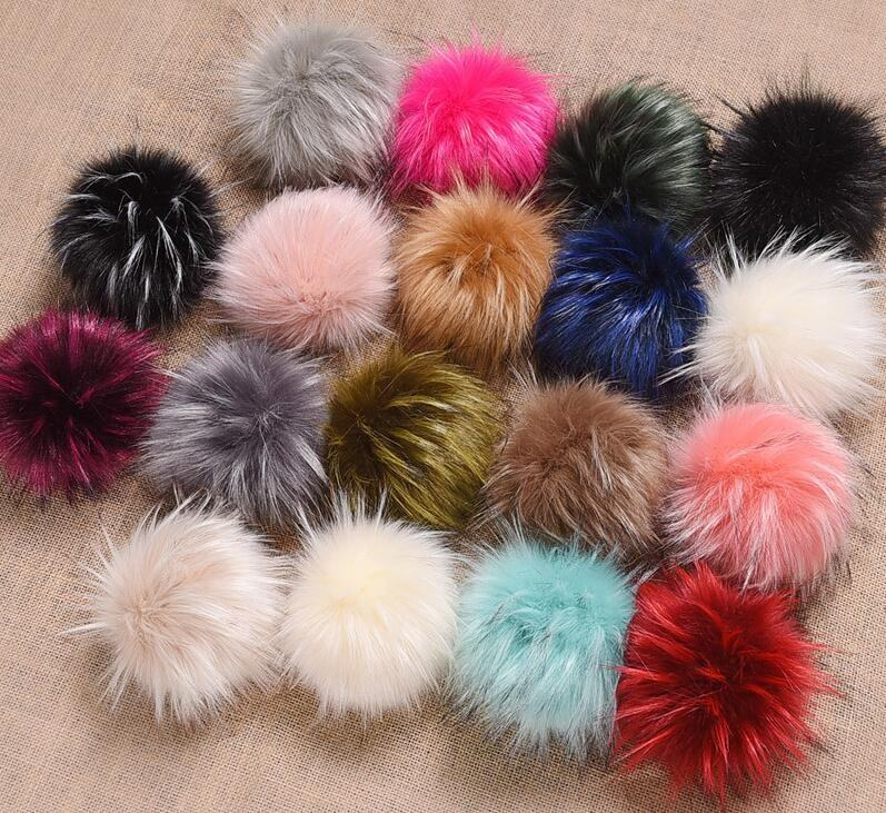 Factory direct supply customized size multiple colors faux or fake fur pompom pompon