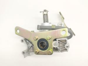 Reverse gearbox suitable for motorcycle tricycle with 150CC engine