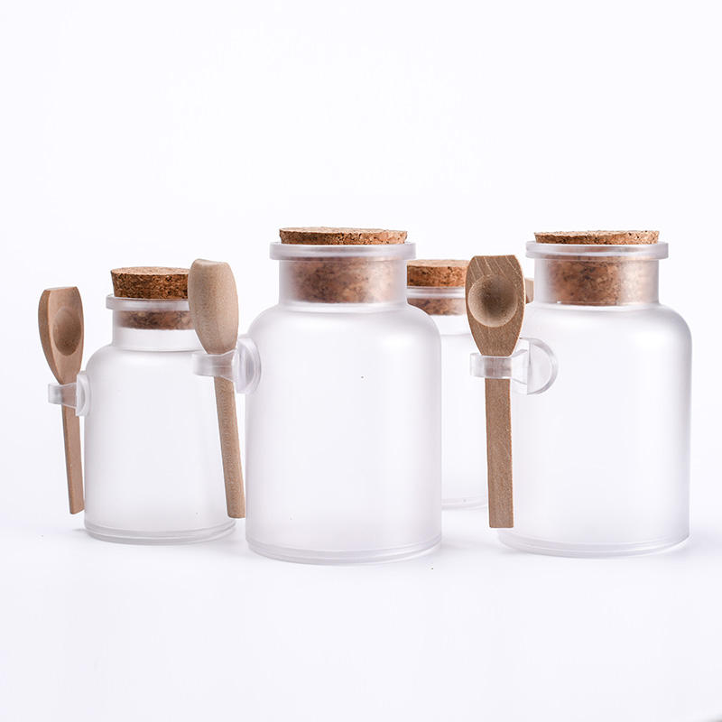 Free sample Matte clear 100g 200g 300g ABS plastic Bath salt jar with spoon cork stopper