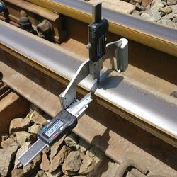 rail wear digital measuring gauge