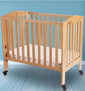 Wooden high railing safety baby crib sleeping bedding set