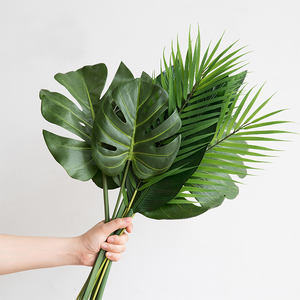 Amazon Hot Selling Factory Wholesale Monstera Artificial Plants Plastic Tropical Palm Tree Leaves Wedding Home Party Decoration