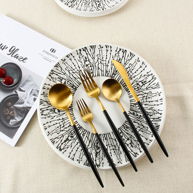 Western Stainless Steel Silver Gold Plated Knife Dinnerware Kitchen Food Cutlery Set Restaurant Tableware Manufacturer
