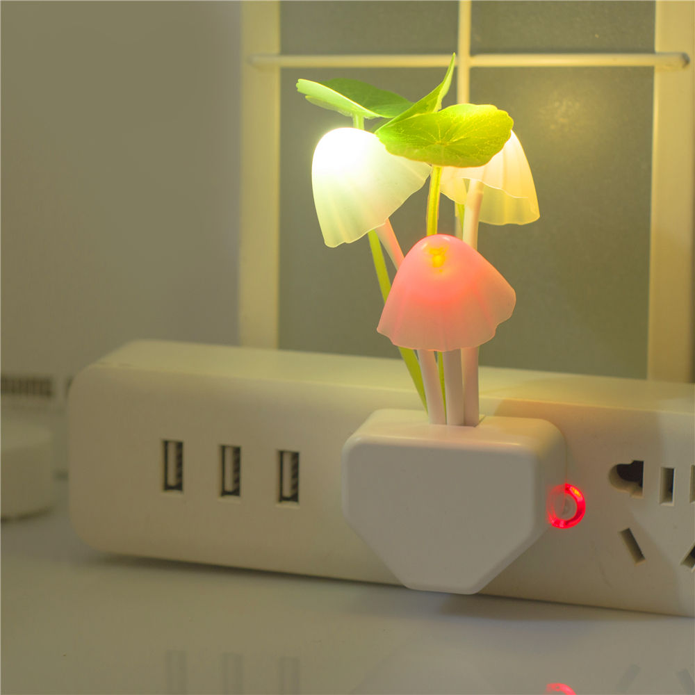 Whole Sale Light Sensation LED Creative Plug-in Small Night Light With Light Activated Switch