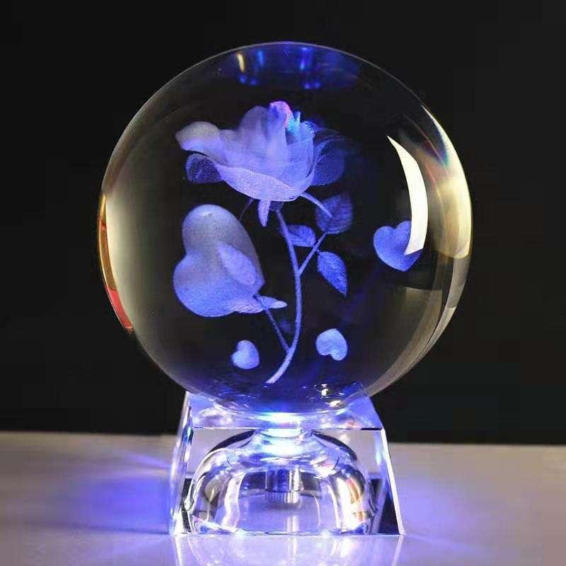 Boule de verre Personnalisé 20Mmk9 Cristal Led Support De Lampe Avec Logo Sculpté Boule De Cristal De Couleur