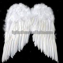 China Manufacturer K2668 Free Sample White Feather Wings Craft Supplies Feather Angel Wings Craft