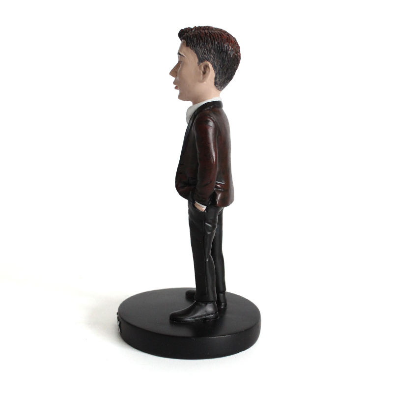 Custom Make 3D Polyresin Souvenir Figurine Collection Resin Crafts People Sculpture