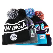Custom Knitted Sports Beanie Caps Jacquard Winter Hat with Pompom