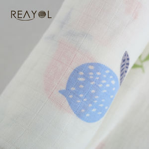 Skin-friendly printed 100 cotton muslin newborn swaddle blanket set for baby