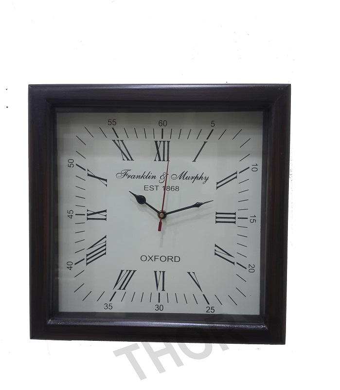 Wooden style wall clock Black metal moving gear clock