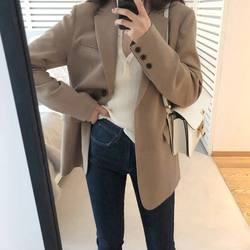 2020 autumn new style small suit jacket female medium-length INS Chao Korea version design feeling small retro Hong Kong style