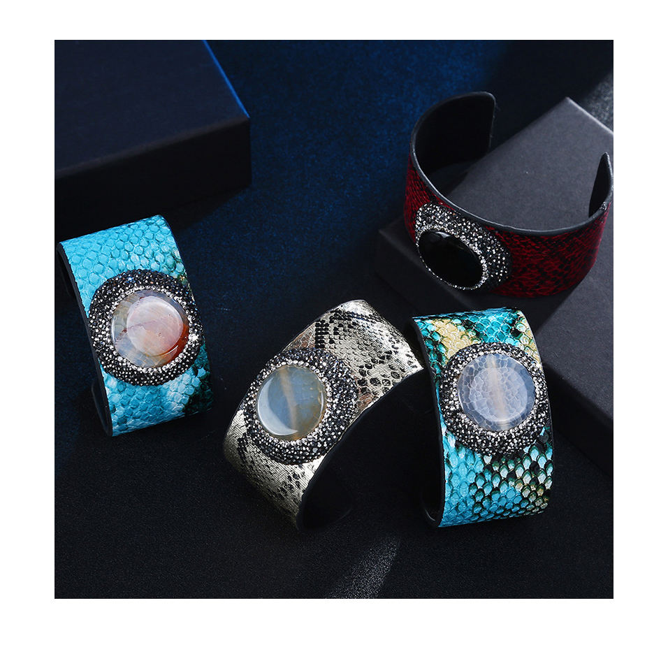 Luxurious Bold Resin Charm Limited Edition Snakeskin Leather Cuff Bracelet For Women Men