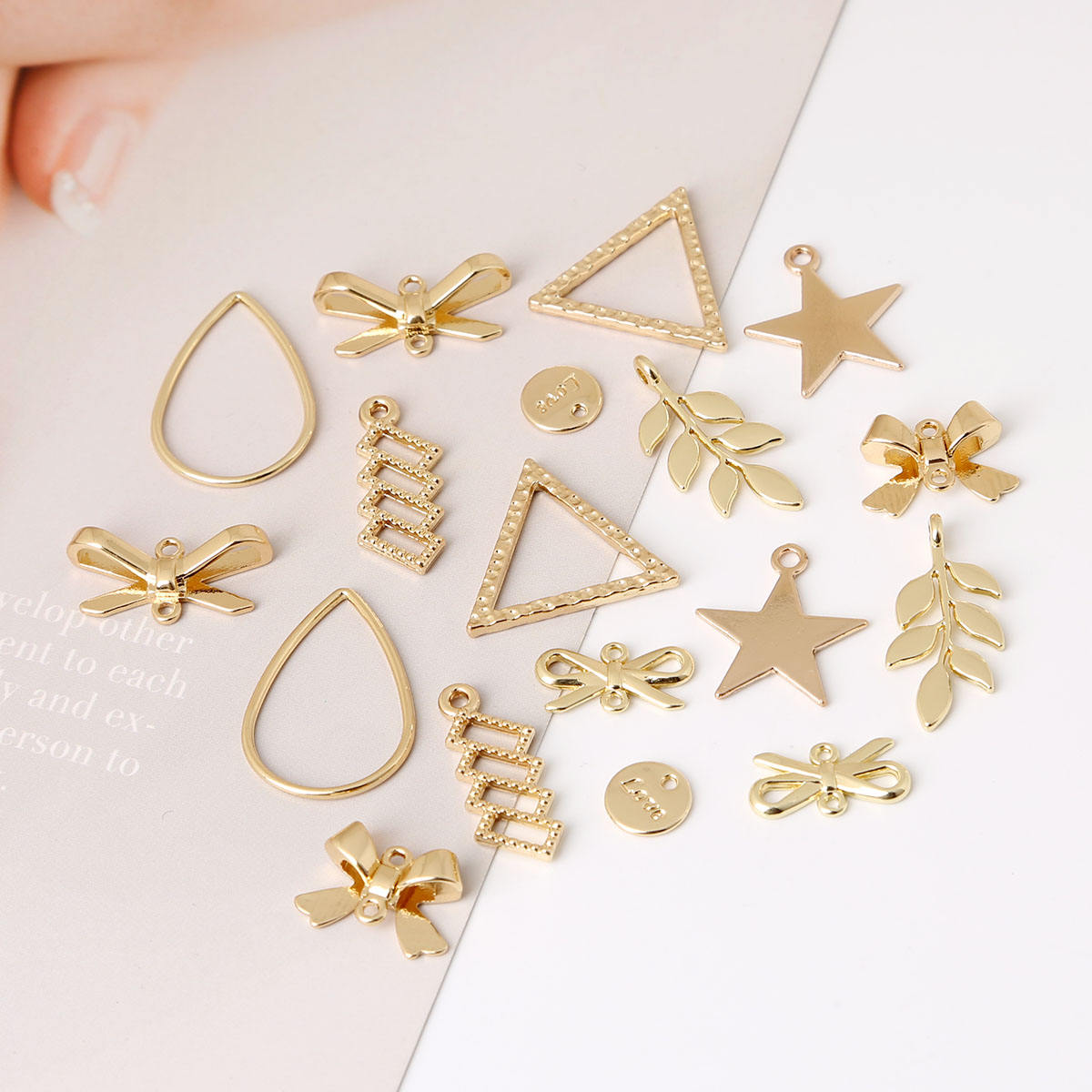 New 10pcs/lot Mixed Styles Bow Leaf Geometry Alloy Metal Charms Pendant for DIY Necklace Bracelet Earring Jewelry Findings