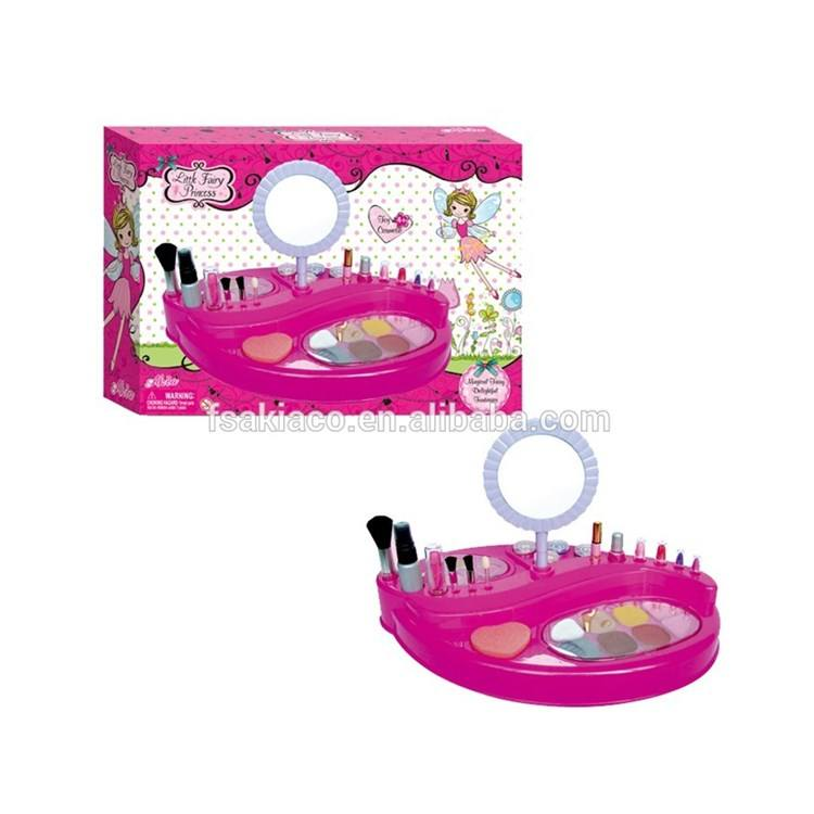 AKIA Children Realistic Role Game Popular kids play Makeup Set