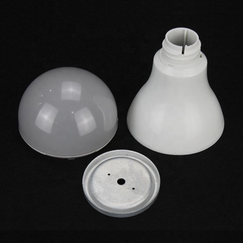 12-15W A70 Plastic Coated Aluminum Bulb Housing with PC cover