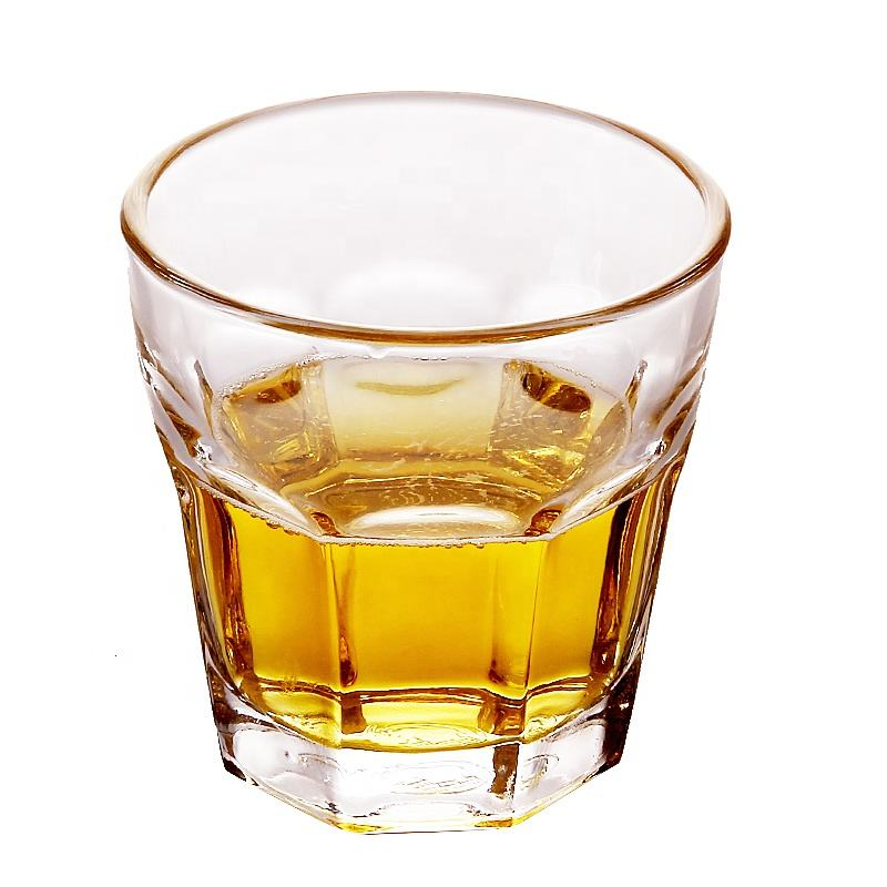 Wholesale Durable Whisky Glass Acrylic Wine Glasses in Bulk