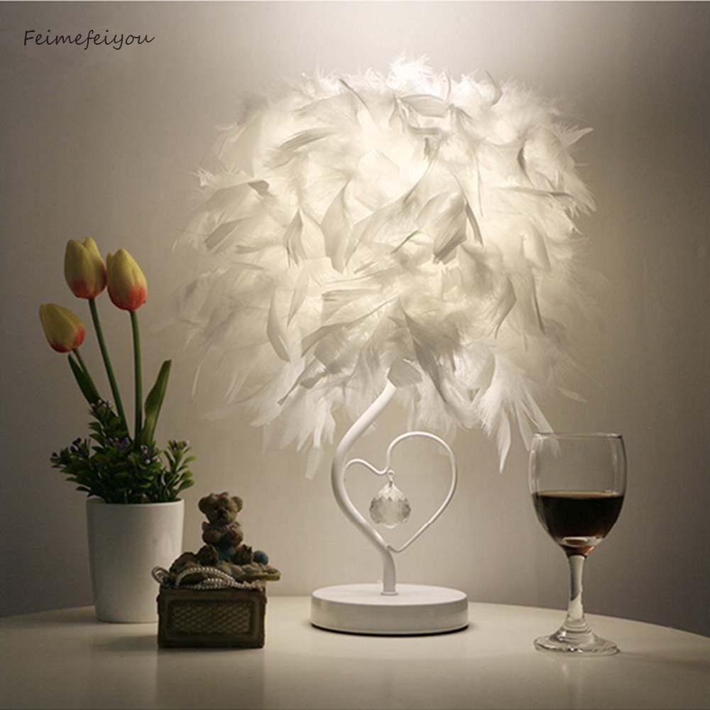 Nordic modern luxury restaurant net red feather table light lamp with coloured feathers shade