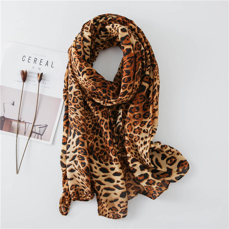 2020 Newest Designs Wholesale Winter Women Shawl Leopard Printed Scarf