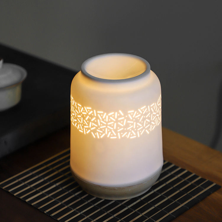 Wholesale antique design electric fragrance lamp ceramic aroma incense burner with wooden base