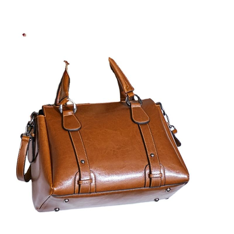 2020 new British style leather handbags leather shoulder bag simple atmosphere fashion