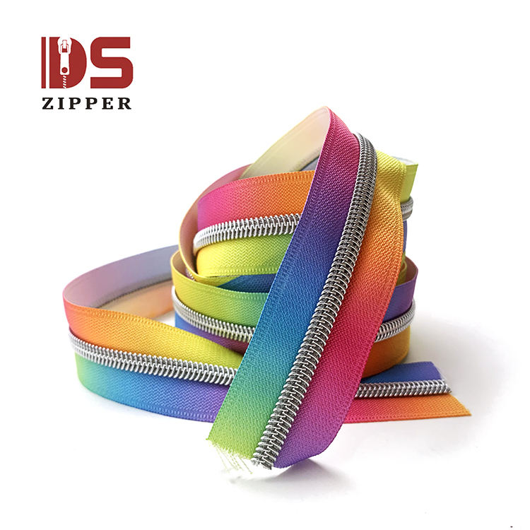 Size 5 wholesale fancy color popular in 2020 best seller rainbow type nylon zipper by the yard