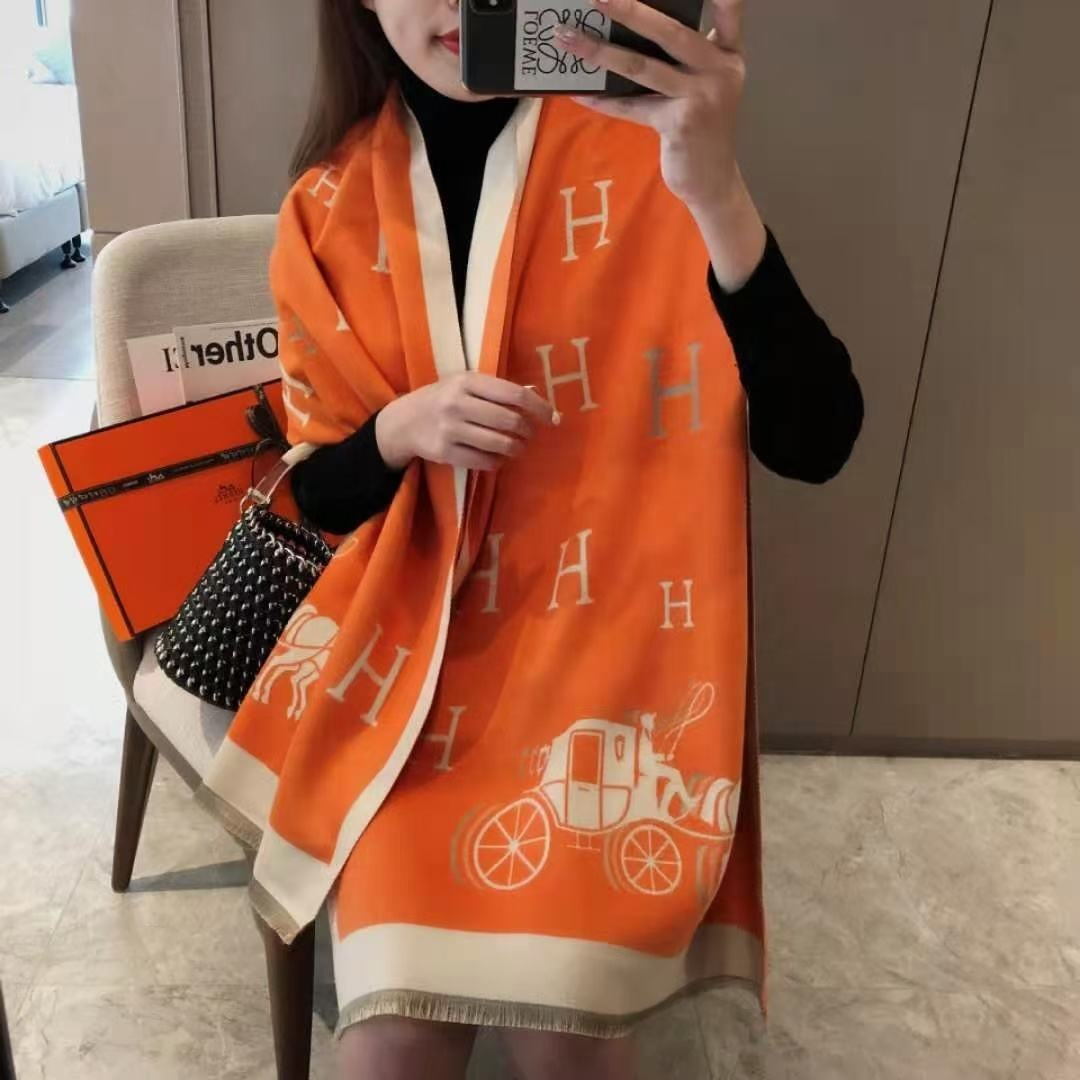 2020 Winter Latest Design Style Women Horse Jacquard Scarf Pashmina Cashmere Warm Thick Shawls Scarfs
