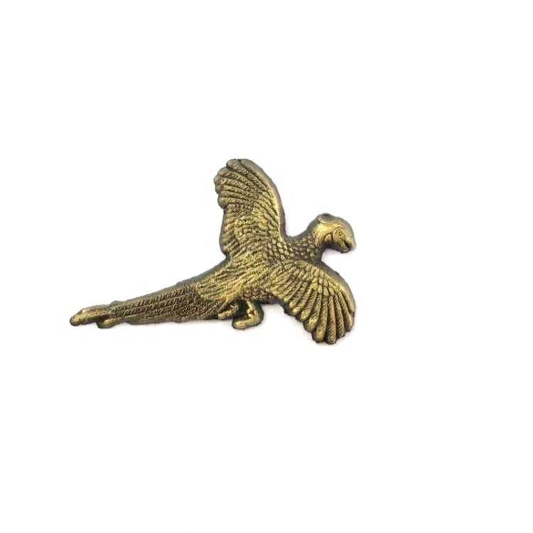 Guangdong Fabrik GFT Marke Individuelles Logo emaille Gold Adler Revers Pin Metall Revers Pin