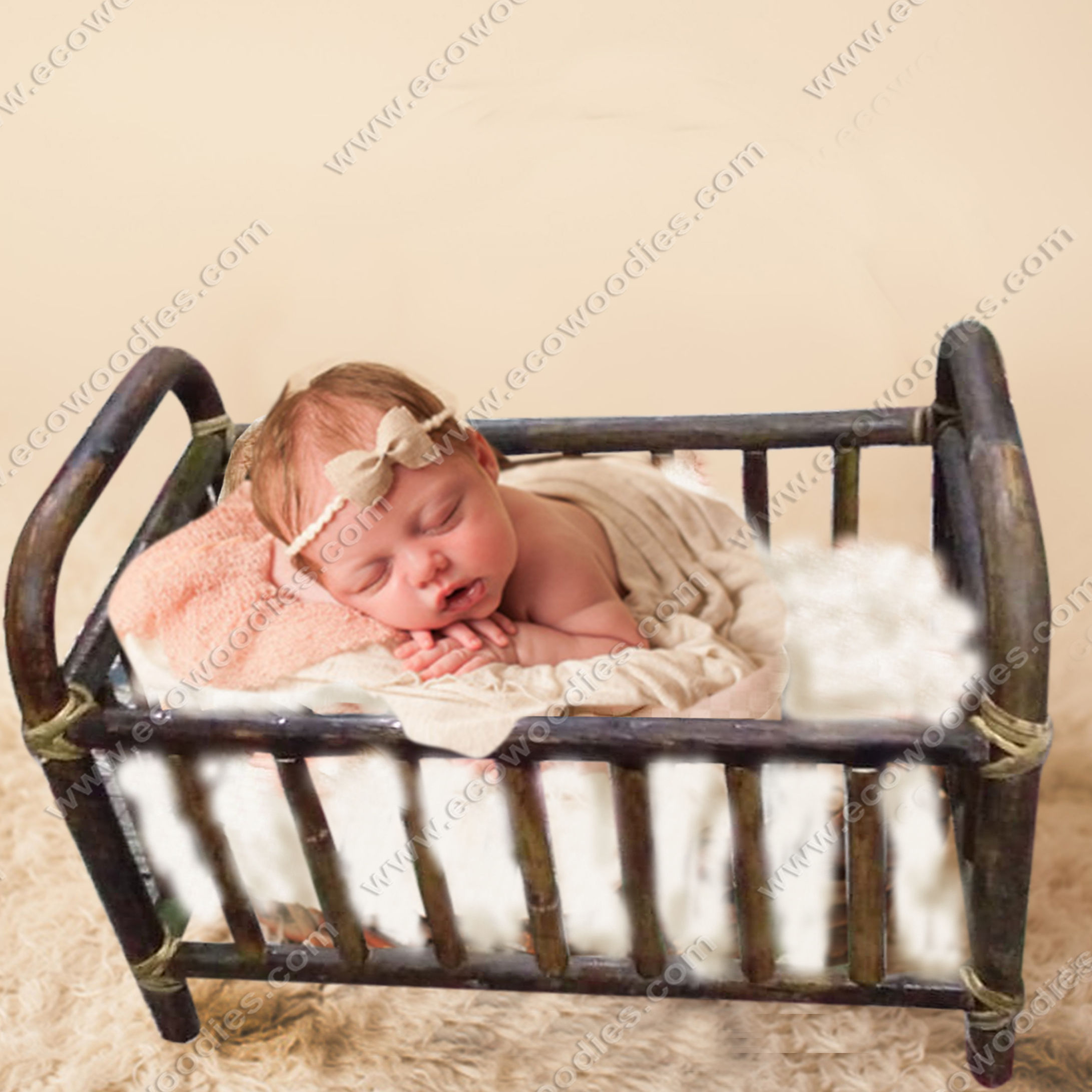New Born Baby Bamboo Wooden Baby Crib Baby Cot No Painted Hot Selling Solid Wood Multifunctional European Style Beech