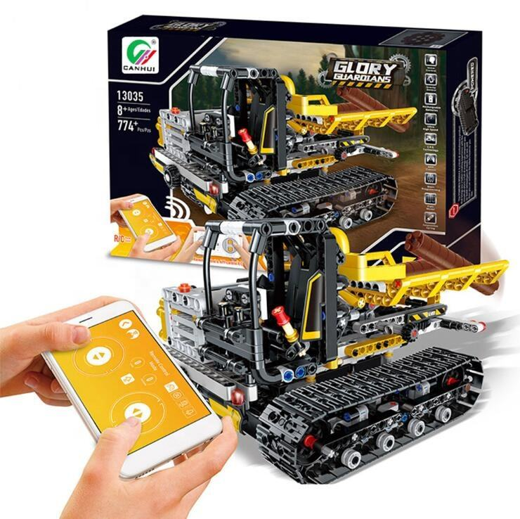 Plastic Engineering Carrier 2.4GHZ APP Mobile Phone Remote Control Building Blocks Car Toy Transport Cart With Motor For Kids