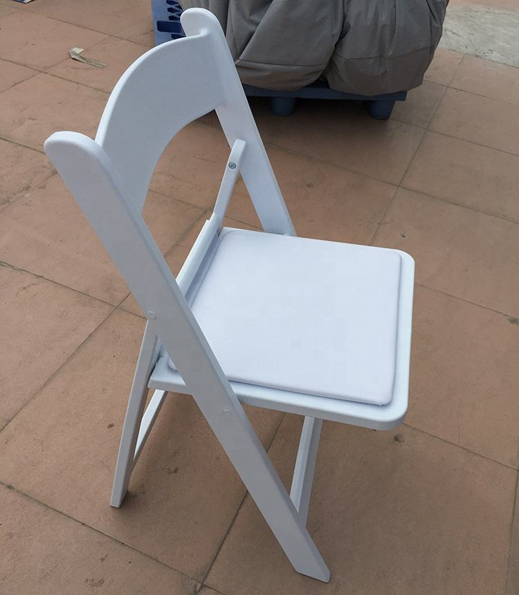 High quality Guangzhou Wood party white folding chairs for wedding