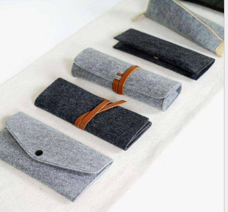 High-Quality custom shape felt roll up felt pen bag/ felt pencil case or pencil bag with logo