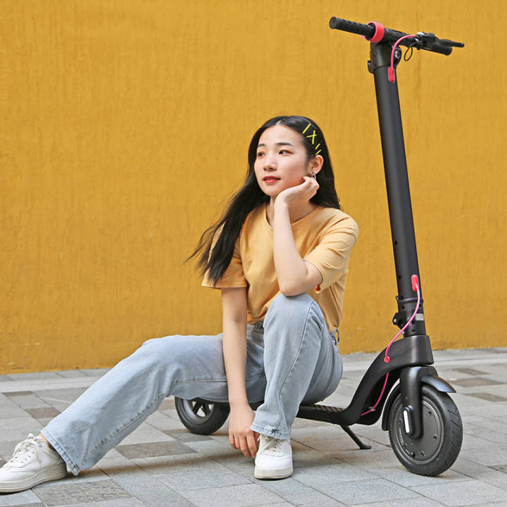 Smart E scooter Off Road Mobility E kick 350W Motor 2000W Scooter Electric Foldable Two Wheels Electric Scooter For Adults