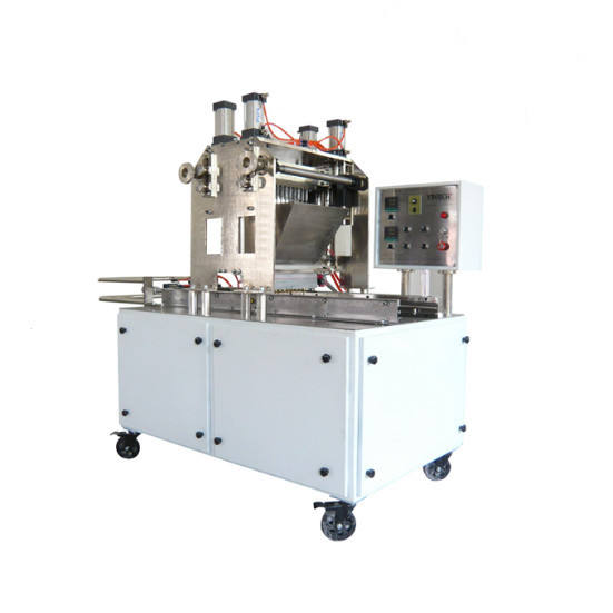 Jelly pop candy or gelatin gummy candy production line with small capacity