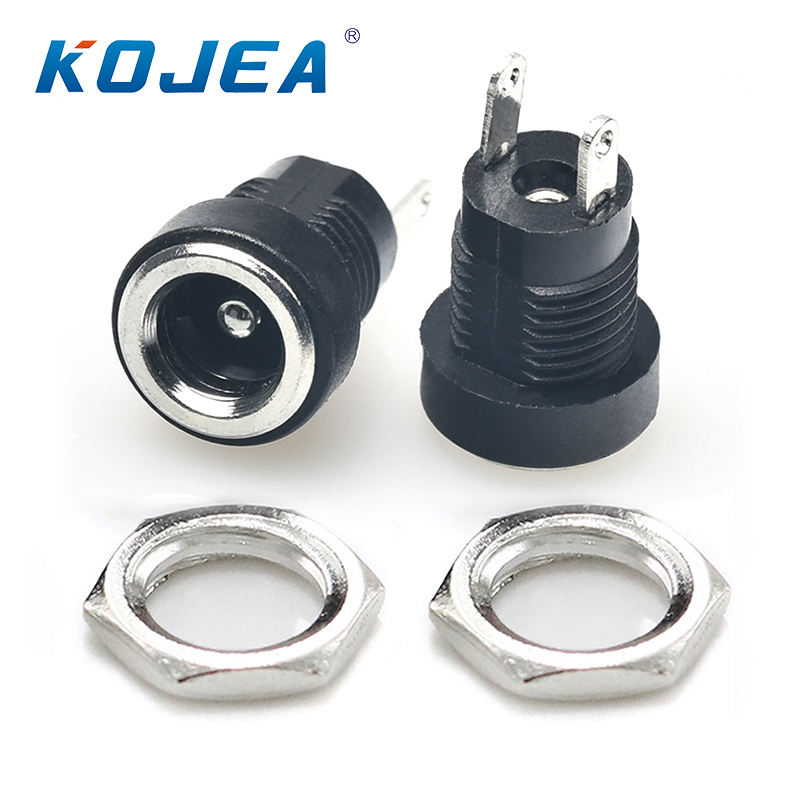 DC-022B charging socket dc junktion power 12v plug 8mm metal distribution plug socket dc socket power jack